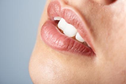 Abgebrochener-Zahn